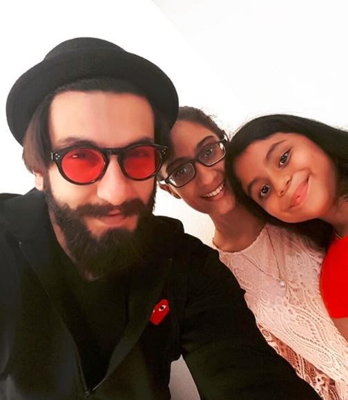 Check out Ranveer Singh surprises Sushmita Sen's daughters