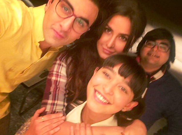 Check out Exes Ranbir Kapoor and Katrina Kaif posing together on the sets of Jagga Jasoos is going viral