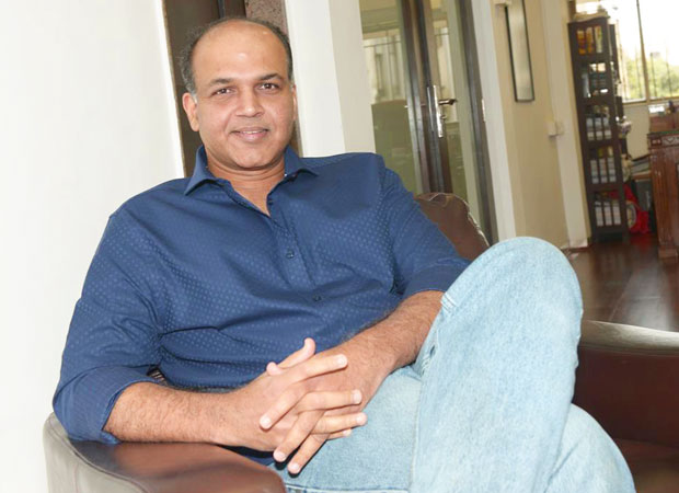 Ashutosh Gowariker collaborates with Ventilator director Rajesh Mapuskar for their next news