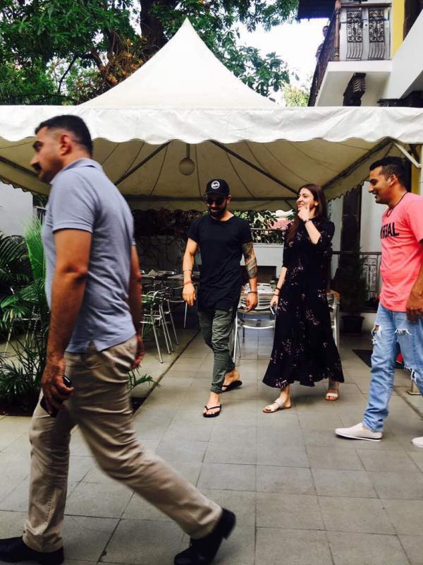 Check out Anushka Sharma and Virat Kohli go on a lunch date in Bengaluru1