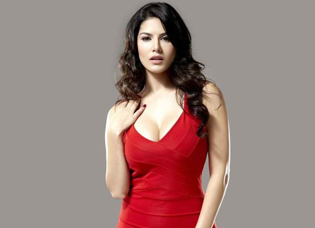 WOW! After wooing Bollywood, Sunny Leone to do an item number in a Marathi film!