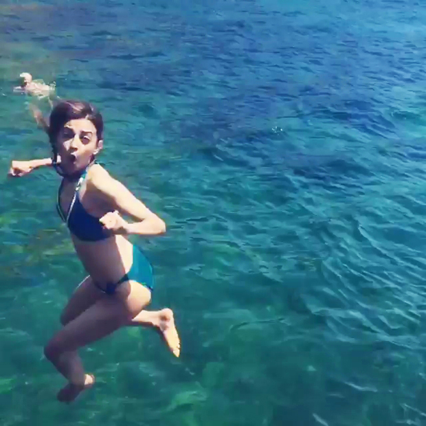 Radhika Apte just upped the HEAT QUOTIENT with her swimsuit! features