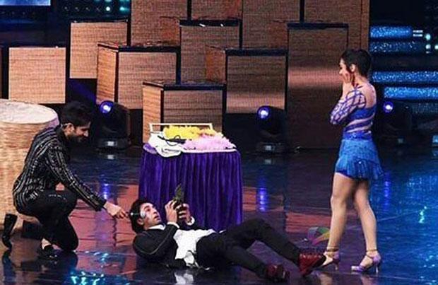 Ranbir Kapoor does some crazy stuff on the sets of Nach Baliye-2