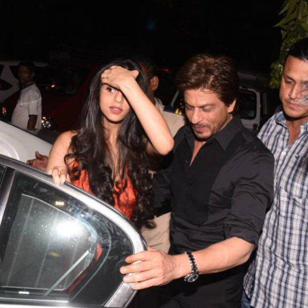 Shah Rukh Khan's daughter Suhana Khan steals the limelight at Gauri Khan's restaurant opening-4