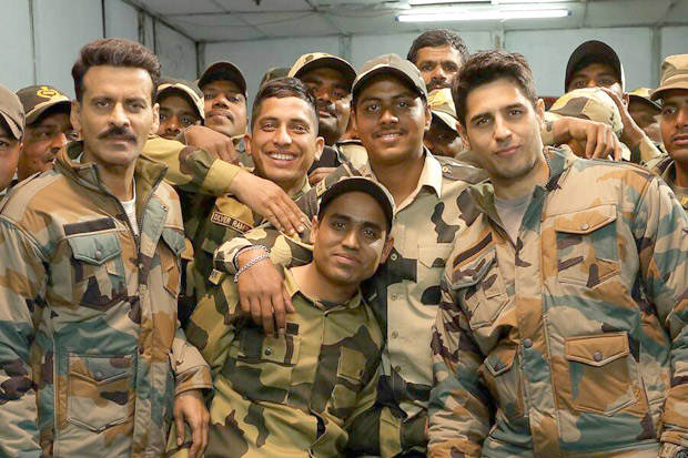 Sidharth Malhotra and Manoj Bajpayee shoot for Aiyaary in Delhi and here's a sneak peek