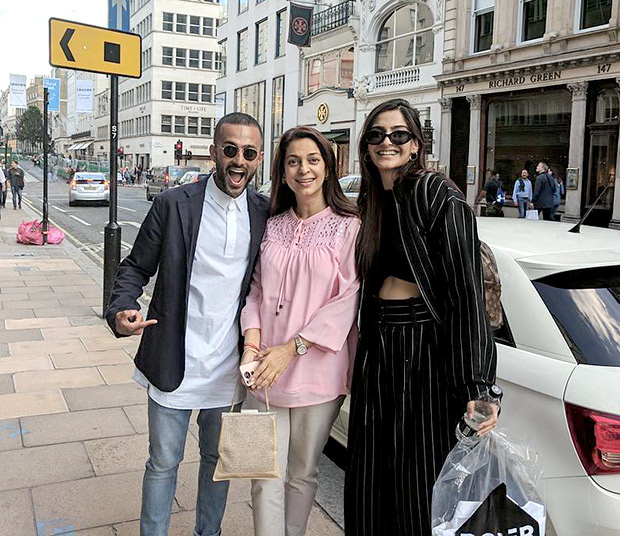Check out: Sonam Kapoor vacations with rumoured boyfriend Anand Ahuja; bumps into Juhi Chawla in London