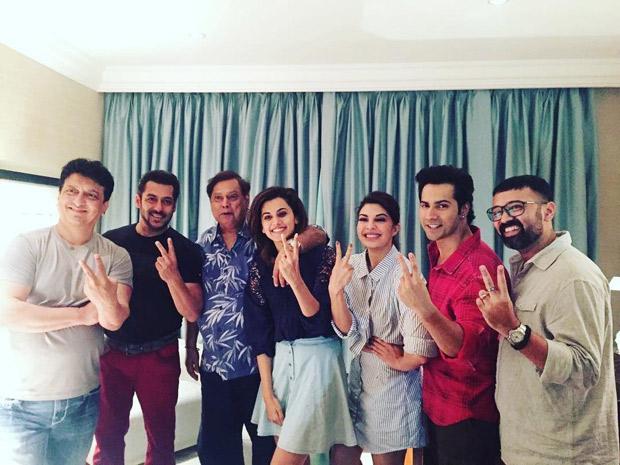 Check out Salman Khan joins Varun Dhawan, Jacqueline Fernandez, and Taapsee Pannu for Judwaa 2 shoot