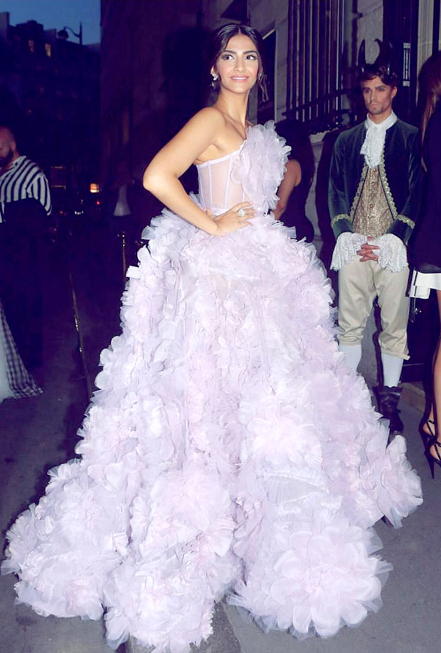 Sonam Kapoor stuns in a beautiful lilac gown at the Paris Couture Week after party-4