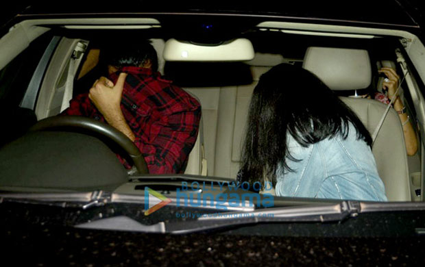 The granddaughter of a megastar was hiding her face when paparazzi spotted her with a friend-1