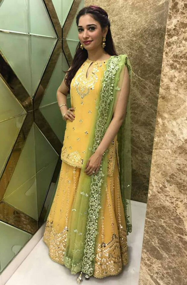 WOW! Tamannaah Bhatia looks gorgeous at her brother's wedding-3