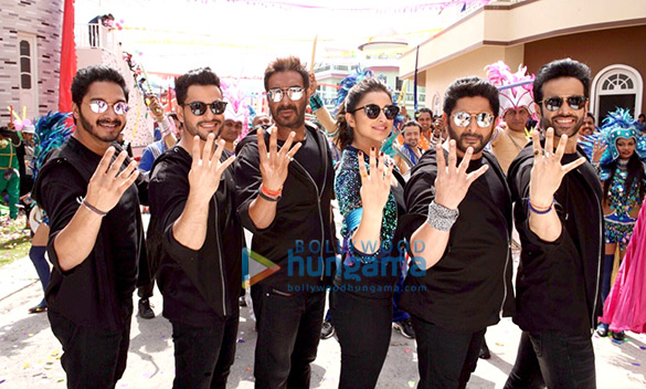 Check out Golmaal Again cast shoots title track of the film in Hyderabad (1)
