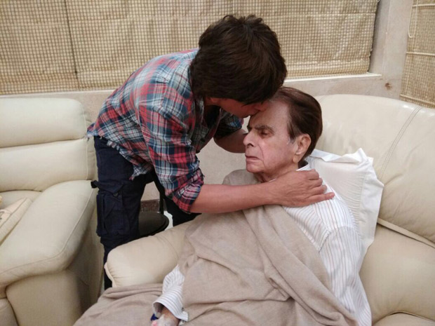 Check out Shah Rukh Khan visits a recovering Dilip Kumar and wife Saira Banu at their residence (3)