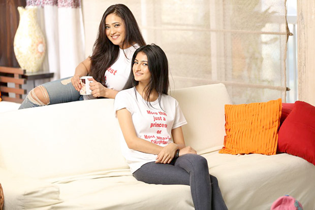 Check out pictures of Shweta Tiwari's daughter Palak who is making her debut with Quickie1