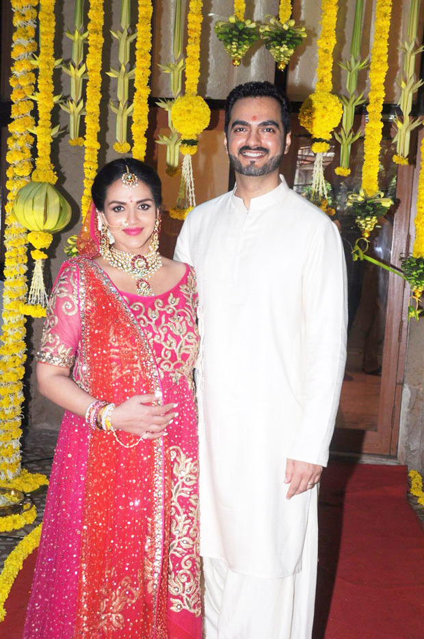 Esha Deol re-ties the knot with husband Bharat Takhtani at her baby shower-1