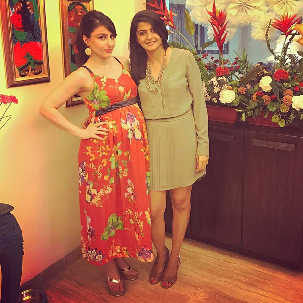 Here's all about Soha Ali Khan's baby shower which had Kareena Kapoor Khan and Karisma Kapoor turn fashion police (4)