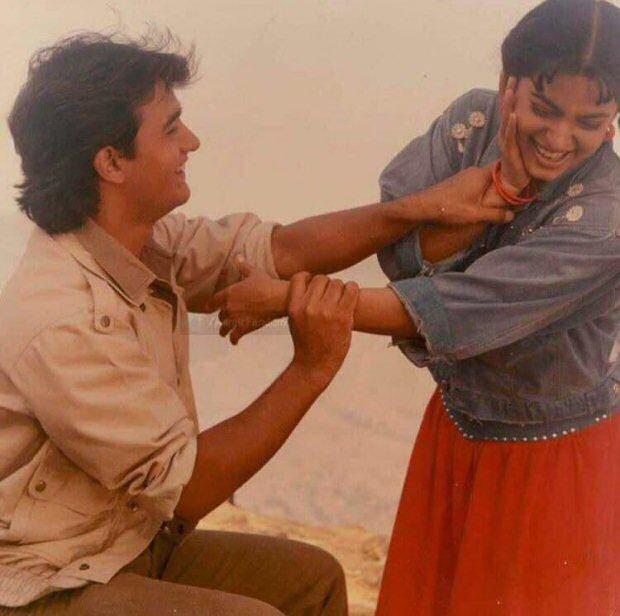 This throwback photo of evergreen couple Aamir Khan and Juhi Chawla from Qayamat Se Qayamat Tak will make you nostalgic!