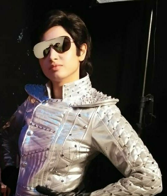 Lip Sing Battle This actress dressed up as Rajinikanth and danced to Lungi Dance1