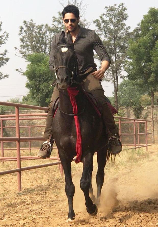 Sidharth Malhotra enjoys horse riding with his new friend Chetak in Jaipur