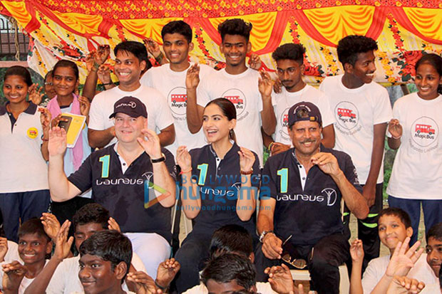 Sonam Kapoor and Kapil Dev interact with the children of Magic Bus Foundation!-1