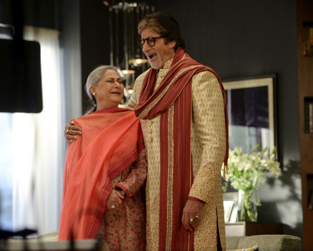 Amitabh Bachchan and Jaya Bachchan's candid moments captured during an ad shoot-2