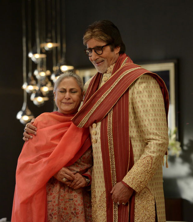 Amitabh Bachchan and Jaya Bachchan's candid moments captured during an ad shoot-3