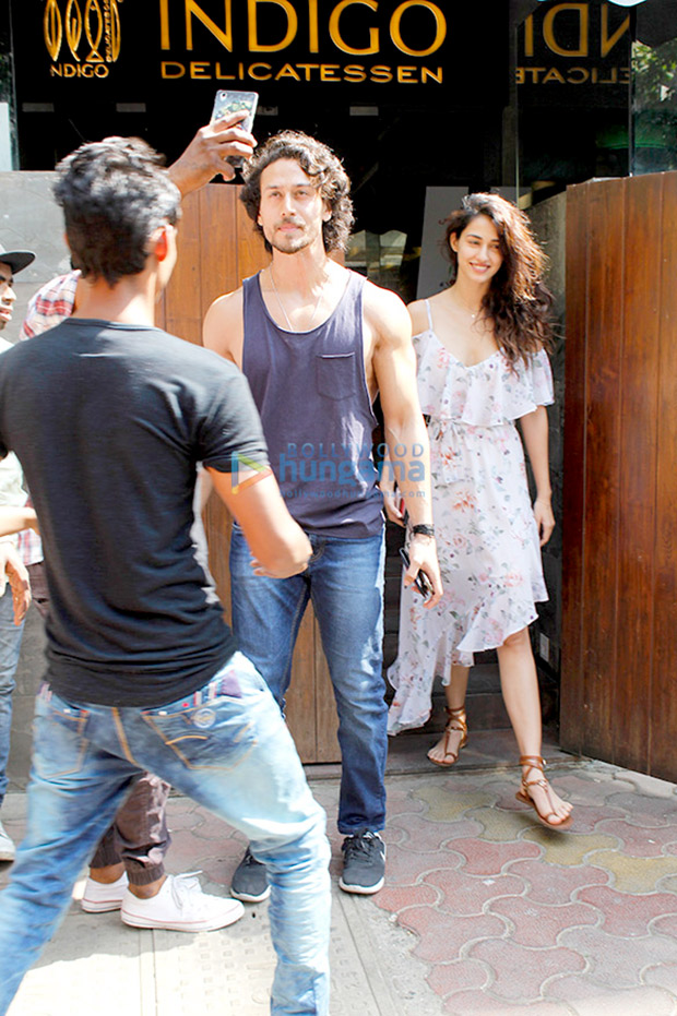 Best hang outs in the city to dine with Bollywood celebrities 4a
