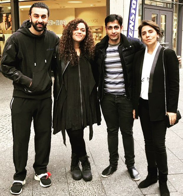 Check out Ranbir Kapoor and mom Neetu Kapoor enjoy holiday in Berlin