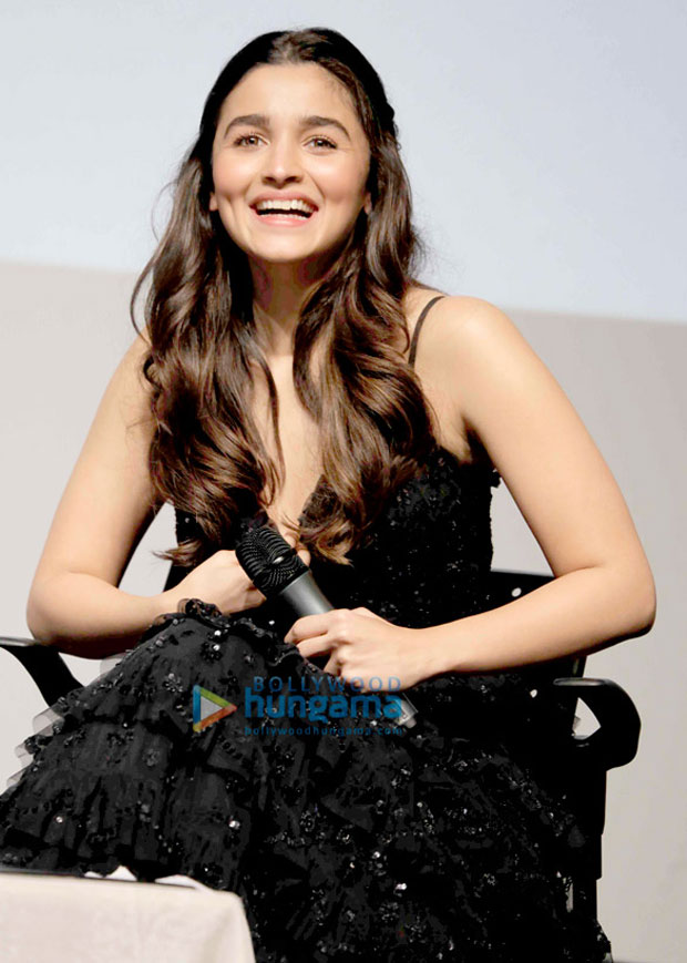 "I get uncomfortable when people compare me to yesteryear actresses"" - Alia Bhatt gets candid at IFFI Goa 2017-2"