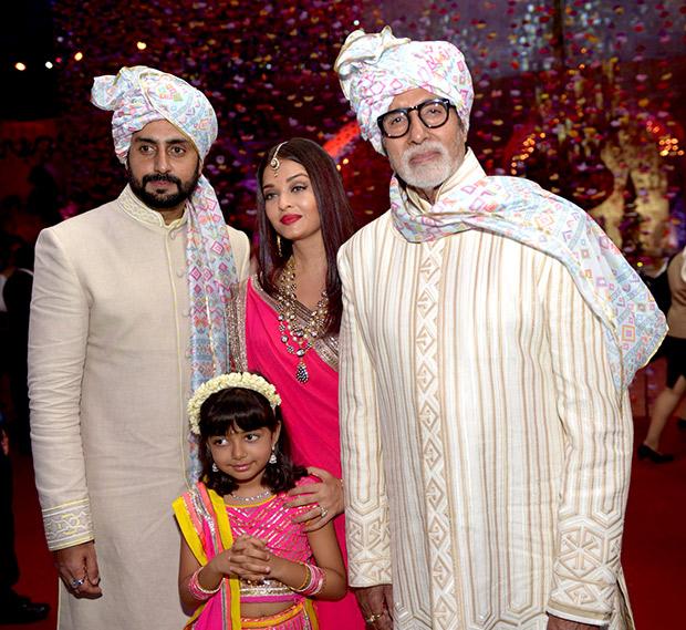 WOW! Amitabh Bachchan, Jaya Bachchan, Abhishek Bachchan, Aishwarya Rai Bachchan and Shweta Nanda attend a wedding and they all look regal!