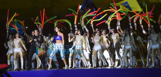 WOW! Salman Khan and Katrina Kaif rock the show at ISL's opening ceremony (9)