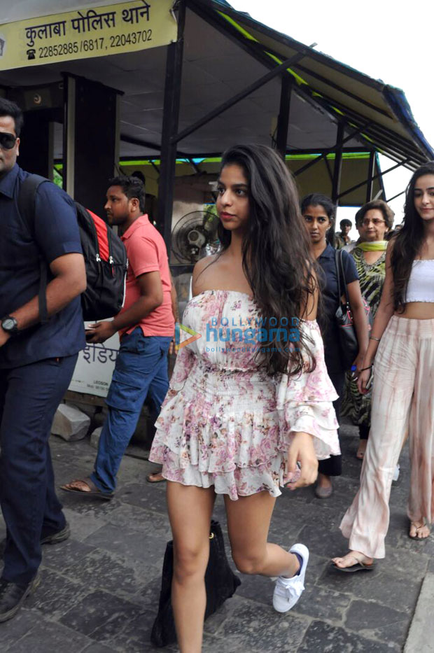 We are sure you will love Suhana Khan's latest look in this refreshing floral off shoulder outfit 002