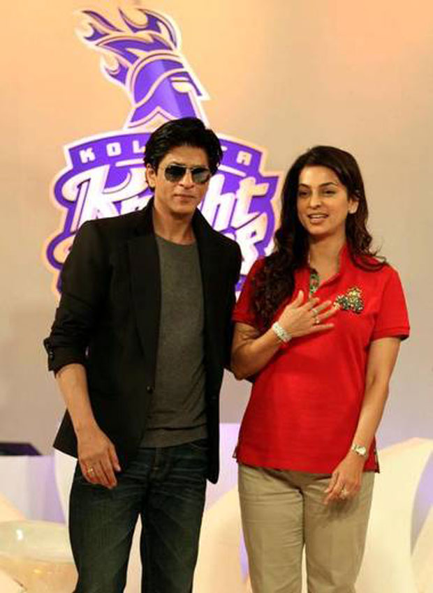 15-SRK-Juhi