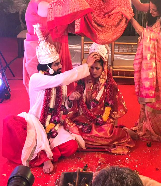 #2017Recap 10 Bollywood celebrities who had dreamy weddings in 2017-7