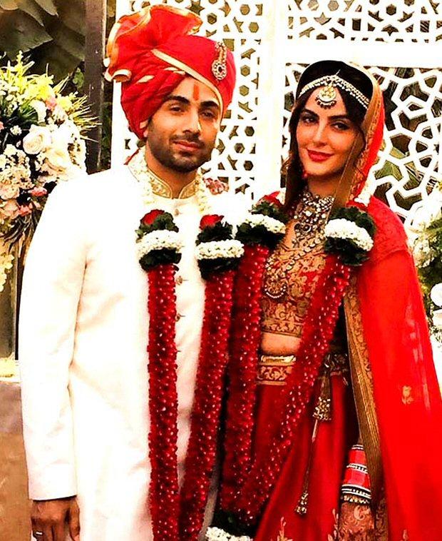 #2017Recap 10 Bollywood celebrities who had dreamy weddings in 2017-9