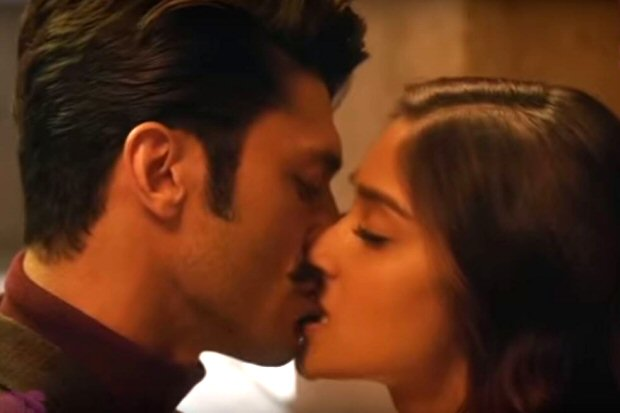 #2017Recap 13 Kiss scenes of 2017 that one would remember (5)