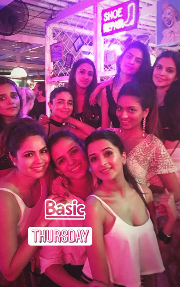 Alia Bhatt and BFF Akansha Ranjan Kapoor parties with her girl gang-4
