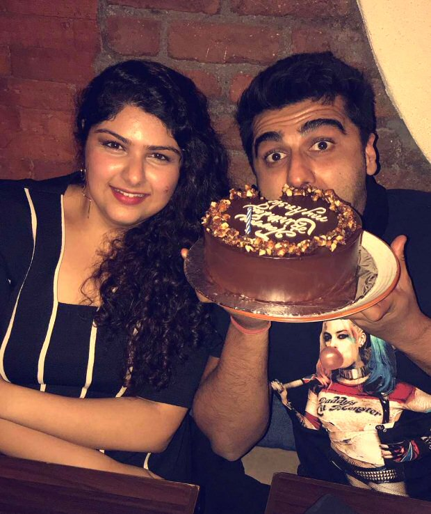 Check out Arjun Kapoor celebrates sister Anshula Kapoor's birthday in the cutest way!1