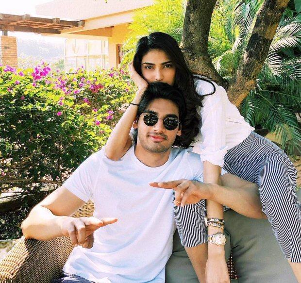 Check out Aryan Khan and Athiya Shetty celebrate Ahan Shetty's birthday together3