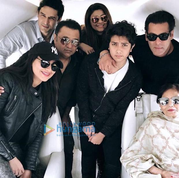 Check out Salman Khan, Sonakshi Sinha and Daisy Shah head to Delhi for Dabangg Tour (2)