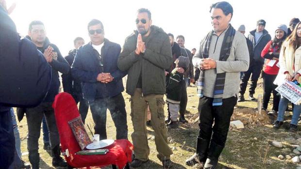 Check out Sanjay Dutt commences work on Torbaaz