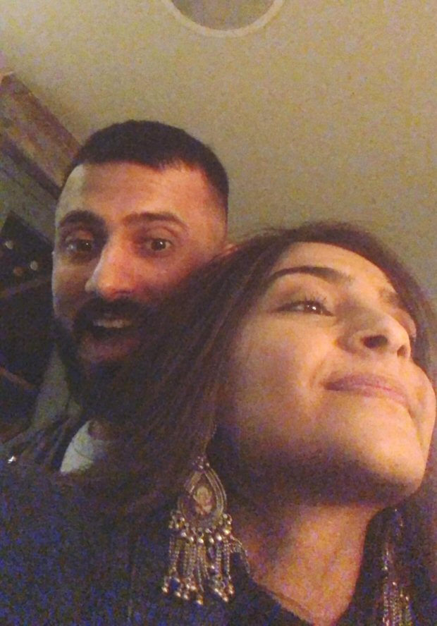 Check out Sonam Kapoor and Anand Ahuja make a cute pair during their London vacation2