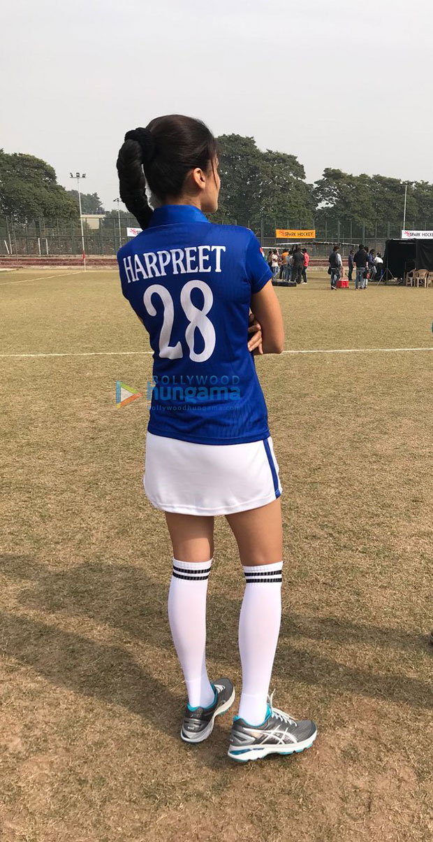 Check out Taapsee Pannu shows off her sporty look on the sets of Soorma