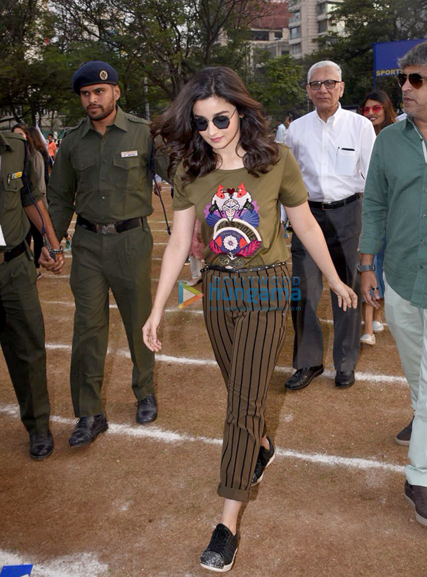 Daily Style Pill Alia Bhatt just gave the mixed prints trend a punk upgrade and we LOVE it! (4)