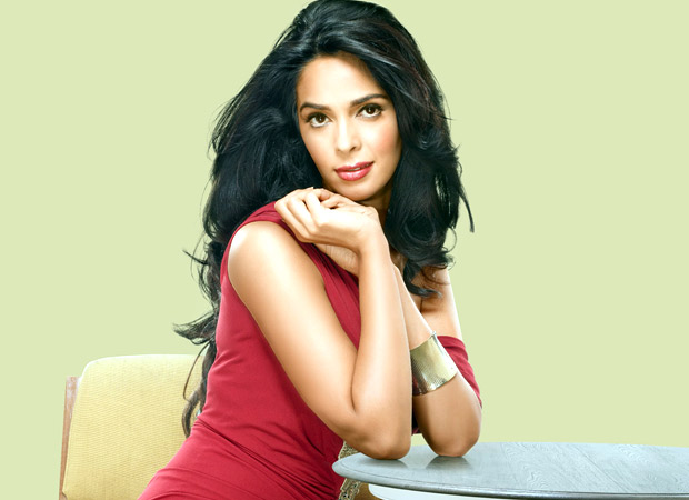 Mallika Sherawat continues to confuse