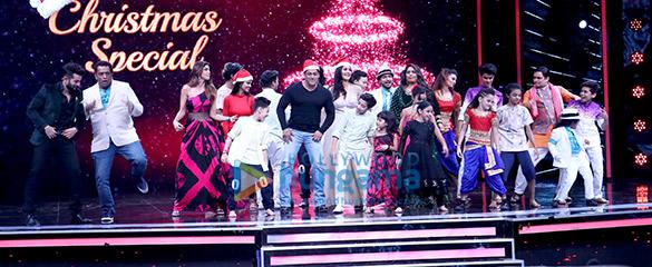 Salman Khan and Katrina Kaif wow the audience on the sets of Super Dancer (3)