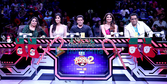 Salman Khan and Katrina Kaif wow the audience on the sets of Super Dancer (4)