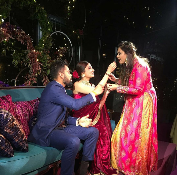 WATCH Virat Kohli gives a sweet kiss to Anushka Sharma after their engagement ceremony (2)
