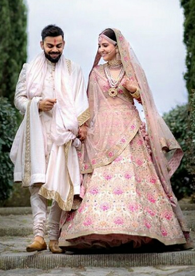 WATCH Virat Kohli left in 'awe' when his bride Anushka Sharma walks down to the aisle (10)
