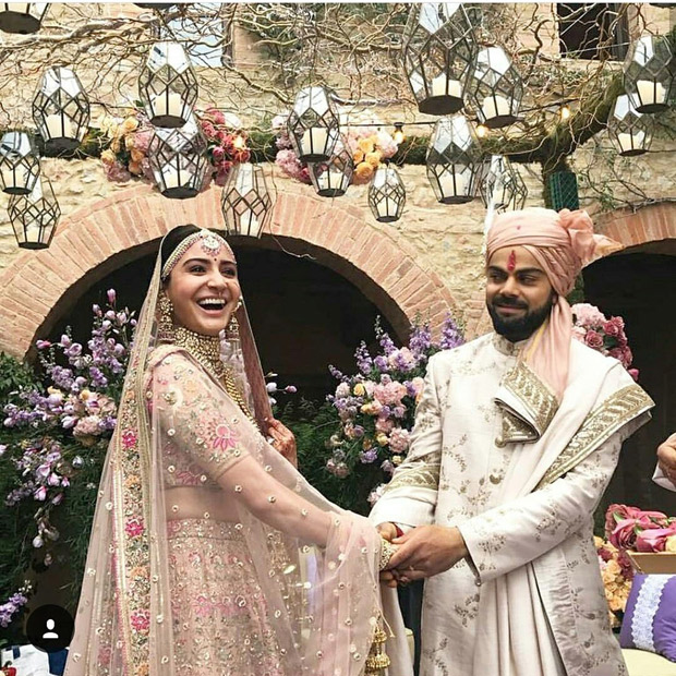 WATCH Virat Kohli left in 'awe' when his bride Anushka Sharma walks down to the aisle (2)