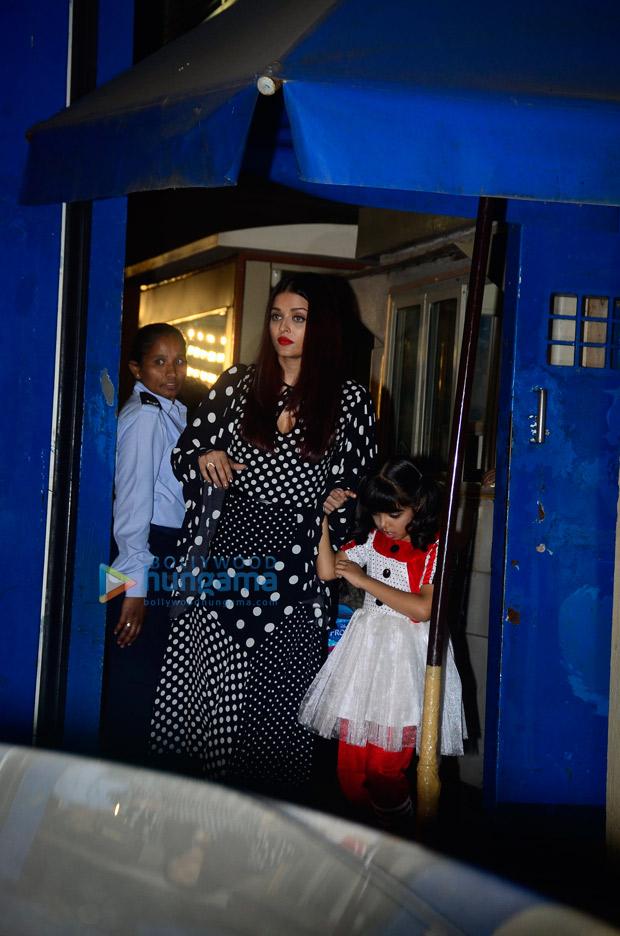 When Aishwarya Rai dot over indulgence left us overwhelmed!